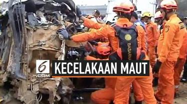 Polisi menetapkan Pimpinan perusahaan dump truk menjadi tersangka kasus kecelakaan beruntun di tol Cipularang. Diduga dum truk ini  muatannya melebihi kapasias menyebabkan terjadinya kecelakaan beruntun di tol Cipularang.
