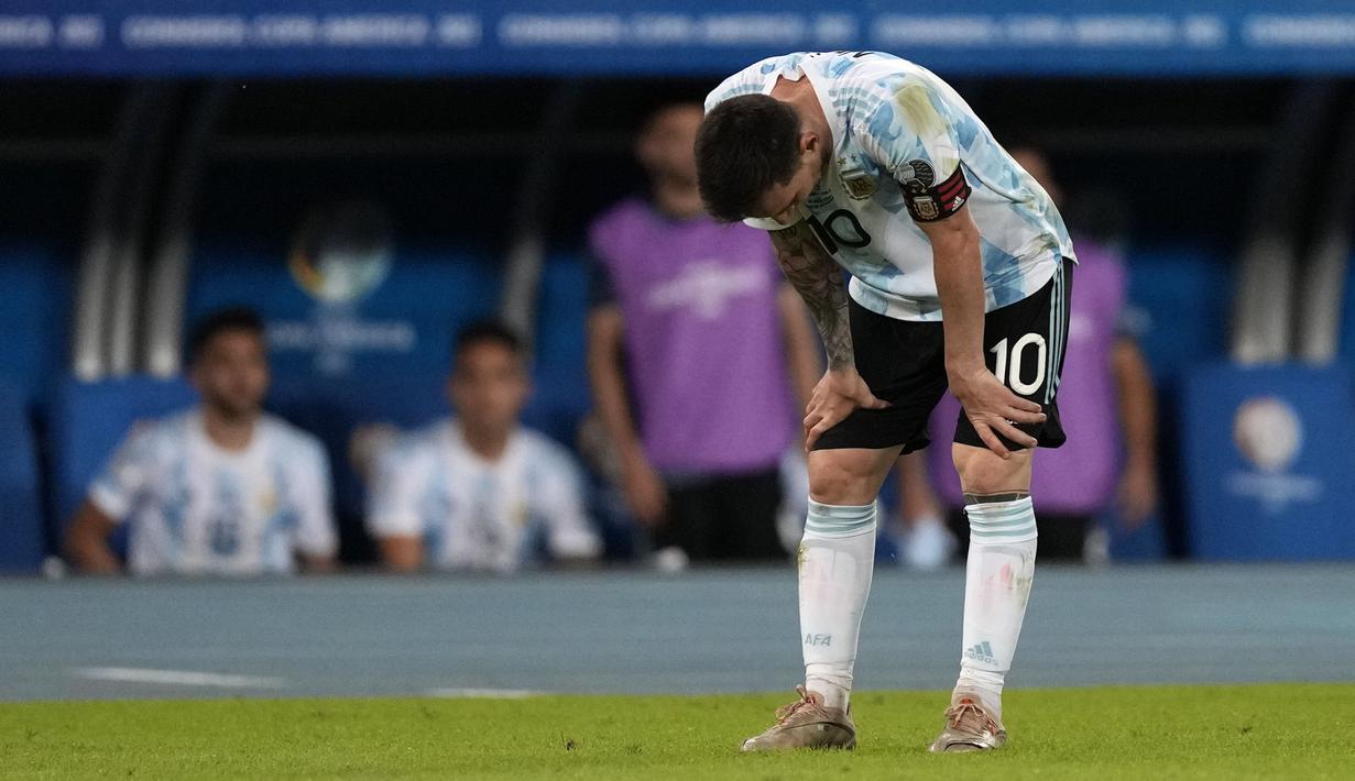 Gol yang diciptakan Messi tak mampu bawa Argentina merebut poin penuh atas Chile pada laga Grup A CONMEBOL Copa America yang digelar di Stadion Nilton Santos, Brazil. (Foto: AP/Ricardo Mazalan)