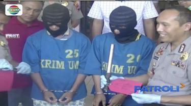 Tak tenang jadi buronan polisi, bapak dan anak menyerahkan diri ke Polsek Suruh, Semarang, Jawa Tengah. Keduanya menjadi buronan polisi setelah membunuh tetangganya dengan menggunakan senjata tajam dan sepotong besi.