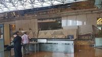 Ambruknya Atap Balkon Gedung BEI (Petrichoryan/twitter.com)
