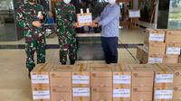Sido Muncul memberikan bantuan berupa 4.000 botol Kapsul JSH untuk tenaga medis di RSPAD Gatot Subroto, Jakarta. Dok