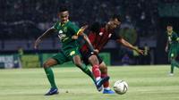 Duel Persebaya vs Persis di Stadion Gelora Bung Tomo, Surabaya (11/1/2020). (Bola.com/Aditya Wany)