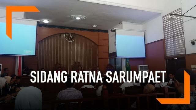 Jaksa Penuntut Umum (JPU) mempersiapkan saksi dalam sidang lanjutan kasus berita hoaks dengan terdakwa Ratna Sarumpaet di Pengadilan Negeri Jakarta Selatan pada Selasa (26/3).