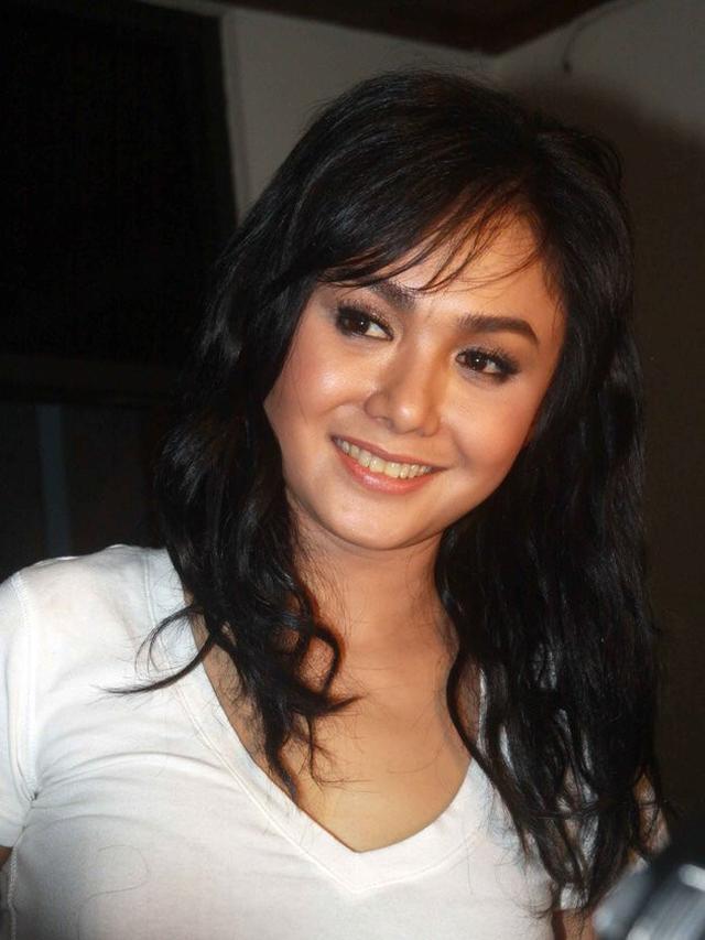Identik Potongan Pendek 6 Model Rambut Yuni Shara Ini Curi Perhatian Netizen Surabaya Liputan6 Com