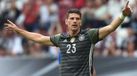 Striker tim nasional Jerman, Mario Gomez. (AFP/Christof Stache)