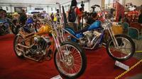 Sejumlah builder berlomba menjadi yang terbaik dalam hal motor kustom di Kustomfest 2018 yang digelar di Jogja Expo Center, Yogyakarta, 6-7 Oktober 2018.