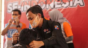 Wali Kota Bogor Bima Arya meluncurkan program Gebrak Masker