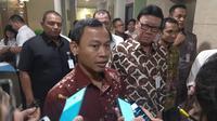 Komisioner Komisi Pemilihan Umum (KPU) RI, Pramono Ubaid menegaskan, serangan siber terhadap sistem Informasi Teknologi (IT) KPU tidak akan berpengaruh pada hasil Pemilu 2019. (Merdeka.com/Nur Habibie)