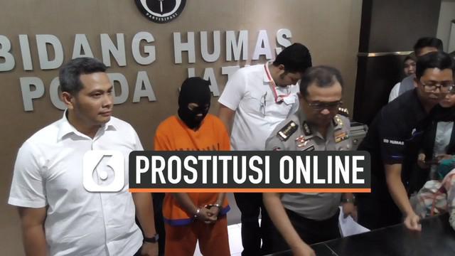 Polisi menangkap JL Muncikari online yang melibatkatkan PA salah satu pesohor mantan finalis puteri Pariwisata Indonesia. Polisi masih mendalami pihak-pihak lain yang diduga terlibat dalam kasus ini.