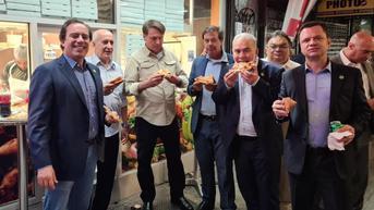 Putra dan Orang Keempat Delegasi Presiden Brasil di PBB Positif COVID-19
