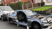 Parkir di Depan Rumah, Mobil Pria Ini Dipreteli Sampai Bersih oleh Pencuri. (Sumber: odditycentral)