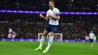 Harry Kane - Salah satu pemain terbaik di dunia ini akan mengisi lini serang The Three Lions. Penampilannya yang impresif dengan mecetak 23 gol dan 14 assist bersama The Lilywhites pada musim ini, mengantarkannya pada gelar top skor dan top assist di Liga Inggris. (Foto: AFP/Glyn Kirk)