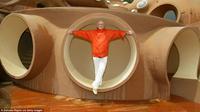 Penasaran seperti apa rumah mewah nan futuristik milik Pierre Cardin?