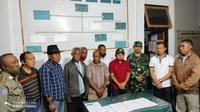 Foto: Pemprov NTT saat membuat kesepakatan bersama Usif (tokoh adat) Besipae (Liputan6.com/Ola Keda)