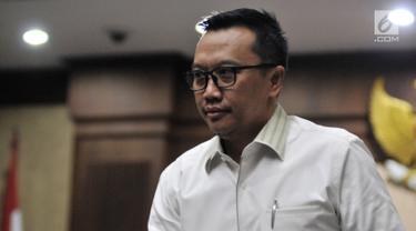 Menpora Imam Nahrawi saat menghadiri di Pengadilan Tipikor, Jakarta, Senin (29/4/2019). Menpora hadir memenuhi panggilan sebagai saksi dalam sidang lanjutan kasus dugaan suap Dana Hibah KONI. (merdeka.com/Iqbal Nugroho)