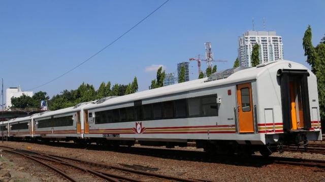 Produsen kereta madiun incar pasar sri lanka hingga afrika bisnis pt kai akan menerima 6 train set baru dari pt inka persero reheart Choice Image