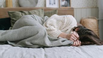 12 Ciri-Ciri Depresi pada Wanita yang Tak Disadari, Ini Penyebabnya