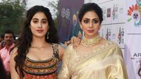 Janhvi Kapoor, putri Sridevi kini terjun ke dunia hiburan dengan film Dhadak (Times of India)