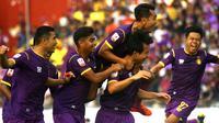 Pemain Persik merayakan gol saat mengalahkan PSBS 4-0 di Stadion Brawijaya, Kediri (22/6/ 2019). (Bola.com/Gatot Susetyo)
