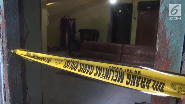 Evy Suliatin nekat mengajak tiga anak balitanya untuk minum racun. Menurut hasil penyelidikan polisi motifnya akibat asmara antara korban dan suami.  Suami korban adalah pemimpin salah satu pondok pesantren di wilayah Surabaya.