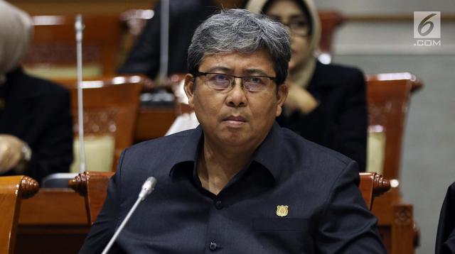Wakil Jaksa Agung Arminsyah saat mengikuti rapat kerja bersama Komisi III DPR di Kompleks Parlemen, Senayan, Jakarta, Senin (17/6/2019). Rapat tersebut membahas anggaran untuk Polri dan Kejaksaan Agung pada 2020. (Liputan6.com/JohanTallo)