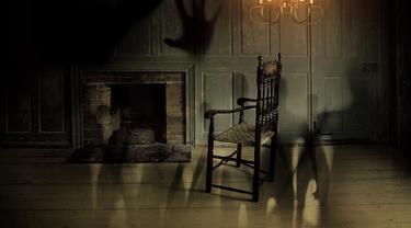 Ilustrasi rumah hantu