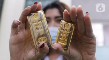 Harga Emas Antam Kembali Turun