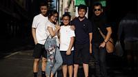 Wishnutama dengan Empat Anaknya (Sumber: Instagram/wishnutama)