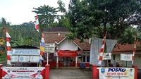 Kantor Desa Kadubeureum, Kecamatan Pabuaran, Kabupaten Serang, Banten. (Yandhi Deslatama/Liputan6.com)