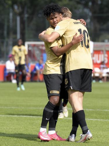 Bagus Kahfi mencetak dua gol untuk Jong Utrecht ketika melawan UR La Louviere Centre.