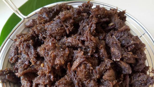 Resep Daging Sapi Gepuk Suwir Sajian Yang Tambah Nafsu