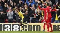 Sepasang gol The Hornet, julukan Watford, diciptakan oleh Nathan Ake dan Odion Ighalo.