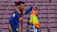 Lionel Messi. Pep Guardiola tentulah bukan sosok asing bagi Lionel Messi. Kerjasama mereka di Barcelona telah menghasilkan banyak trofi bergengsi. Saat masa depannya menggantung dan penuh teka-teki, opsi reuni dengan Pep Guardiola di Manchester City adalah yang pilihan terbaik. (AFP/Josep Lago)
