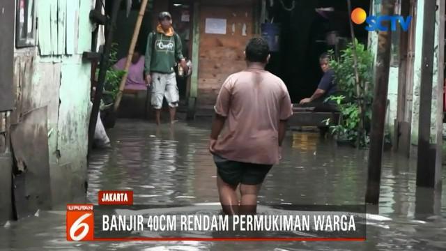 Pemerintah Provinsi DKI Jakarta sebelumnya telah berupaya mengurangi banjir dengan menyedot air. Namun banjir tidak kunjung surut.