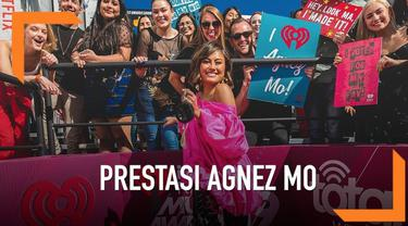 Agnez Mo berhasil membawa pulang penghargaan kategori Social Star di iHeartRadio Award 2019. Ajang penghargaan tersebut digelar di Microsoft Theater, Los Angeles.