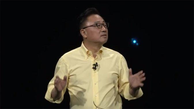 Head of IT and Mobile Communications Division Samsung, DJ Koh, ungkap Galaxy Note 9.