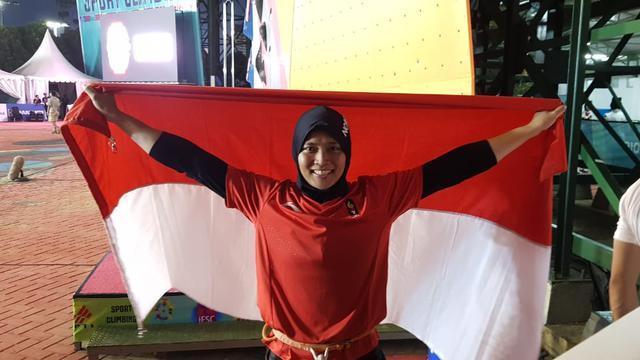 8 Potret Aries Susanti Rahayu Spider Women Pemegang Rekor Dunia Asal Indonesia Bola Liputan6 Com