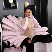 Cardi B saat tampil di red carpet (dok.JON KOPALOFF  GETTY IMAGES NORTH AMERICA AFP)