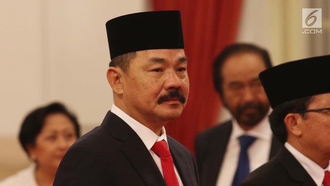 Rusdi Kirana saat dilantik sebagai Duta Besar RI untuk Malaysia di Istana Negara, Jakarta, Kamis (18/5). Para duta besar ini dilantik berdasarkan Keputusan Presiden Nomor 57 P Tahun 2017 tentang. (Liputan6.com/Angga Yuniar)