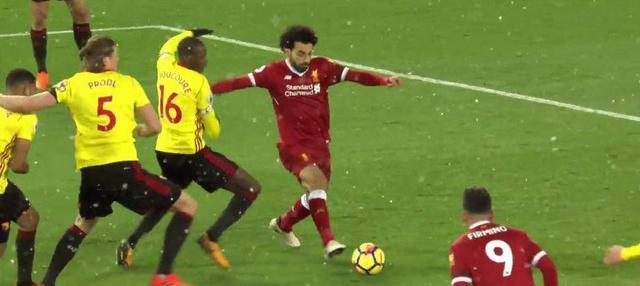 Berita video Mohamed Salah mencetak 4 gol saat Liverpool menang 5-0 atas Watford dalam lanjutan Premier League 2017-2018. This video presented by BallBall.