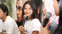 Aktris Putri Marino dalam konferensi pers film Jelita Sejuba (Mencintai Ksatria Negara) di Jakarta, Rabu (7/3). Putri berperan sebagai istri tentara yang hatinya selalu bergejolak setiap kali suaminya ditugaskan negara. (Liputan6.com/Immanuel Antonius)