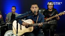 Selang berapa waktu setelah perilisan album Jabat Erat, The Rain menyempatkan diri tampil di Akustik Plus Liputan6.com. Simak aksi mereka!