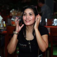 Christy Caslam ikut bicara atas kasus perceraian Krisna Mukti dan Devi Nurmayanti (Deki Prayoga/Bintang.com)