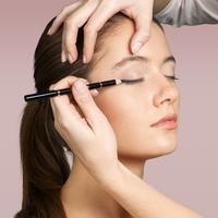 Ilustrasi Eyebrow Tinting/copyright shutterstock