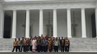 Jokowi-JK dan Menteri Kabinet Kerja Gelar Sesi Foto Terakhir