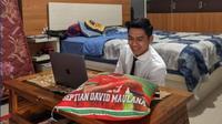 Pemain PSIS Semarang, Septian David Maulana, ketika menjalani ujian skripsi secara virtual. (Dok. PSIS Semarang)