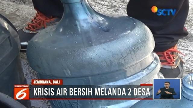 Banjir bandang putus pipa PDAM, sejumlah desa di Jembrana, Bali, dilandra krisis air bersih.