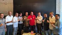 PSSI bersama Komite Pemilihan (KP) dalam jumpa pers di Jakarta, Kamis (12/9/2019). (Bola.com/Muhammad Adiyaksa)