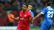 Sevilla berhasil memetik kemenangan 3-2 atas Dnipro Dnipropetrovsk di partai final Liga Europa yang berlangsung di Stadion Narodowy, Warsaw, Kamis (28/5) dini hari WIB. Hasil itu, sekaligus mengantarkan Sevilla menjuarai Liga Europa musim ini.