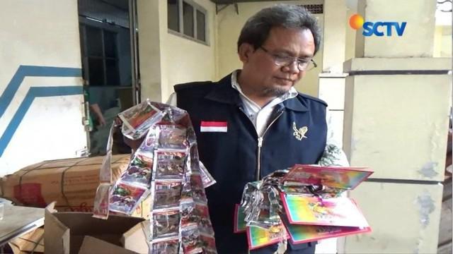 Petugas BPOM Semarang menyita sejumlah produk jamu ilegal di Cilicap senilai Rp 1,6 miliar.